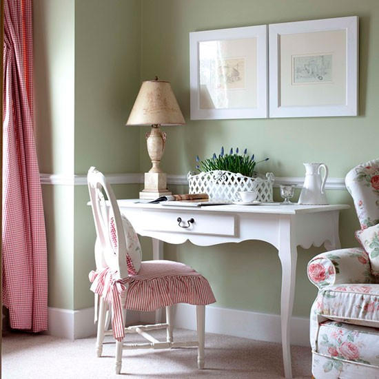 Elegant Office Decorating Ideas: Feminine Home Office With Mismatched Fabrics