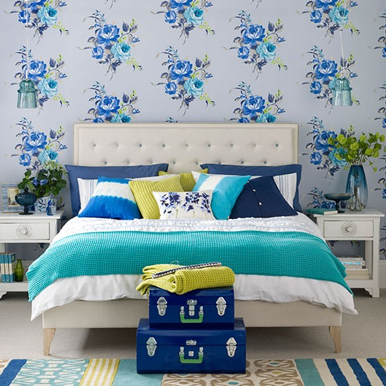 Bedroom Wallpaper Ideas Creative Bedroom Blue Wall Designs Dallas Cowboys Bedroom Paint Ideas Bedroom Interior Design Ideas India: Modern Blue Bedroom With Floral Wallpaper