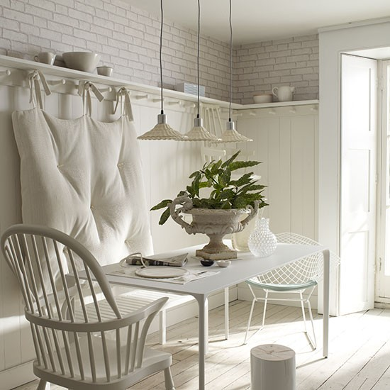 Country Style Dining Room: White Country-style Dining Room With Shelving