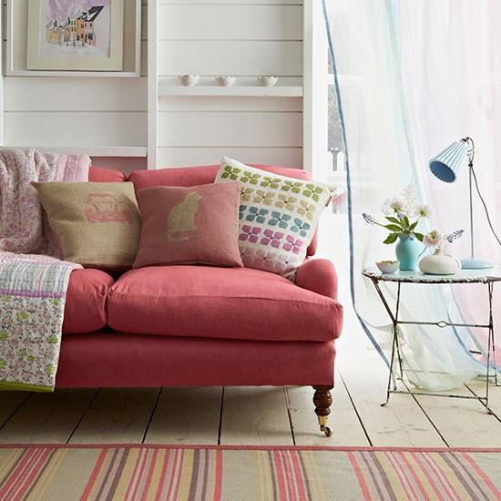 Summer Living Room Ideas: Summer Pastel Living Room