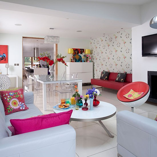 Eclectic Restaurant Decorating: Eclectic Pink And White Living Room