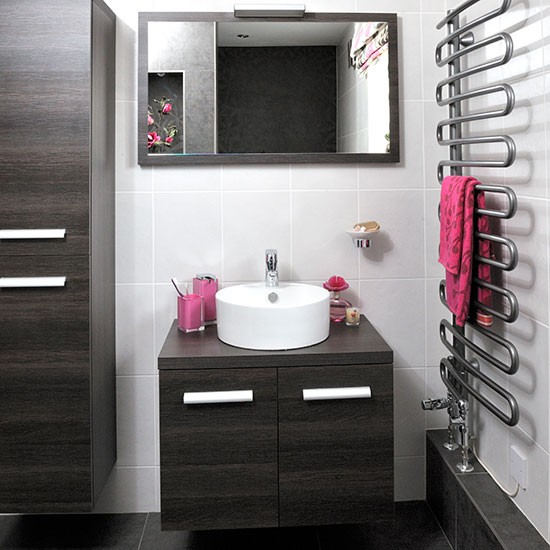 Walnut Vanity Units For Bathroom: Bathroom With Walnut Vanity Unit