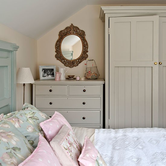 Country Bedrooms: Country Bedroom With Painted Storage