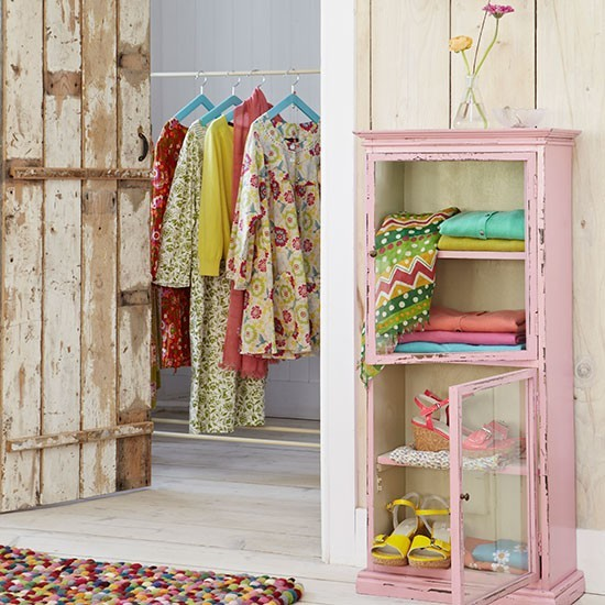Bedroom Clothes Rail And Cabinet