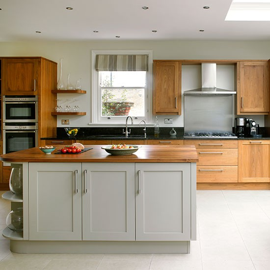 Wooden Kitchen Cabinets Uk: Design Addict Mom: A Charming Edwardian Home In London