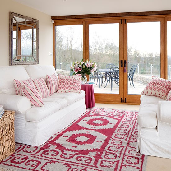 White Living Room: White Living Room With Pink Accents