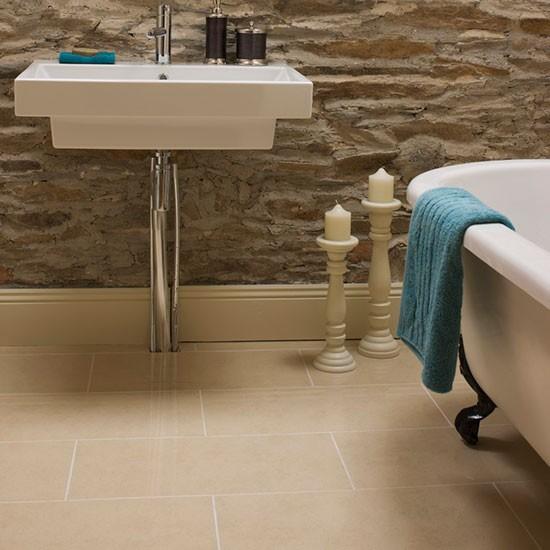 Bathroom Flooring Ideas: Flagstone Flooring