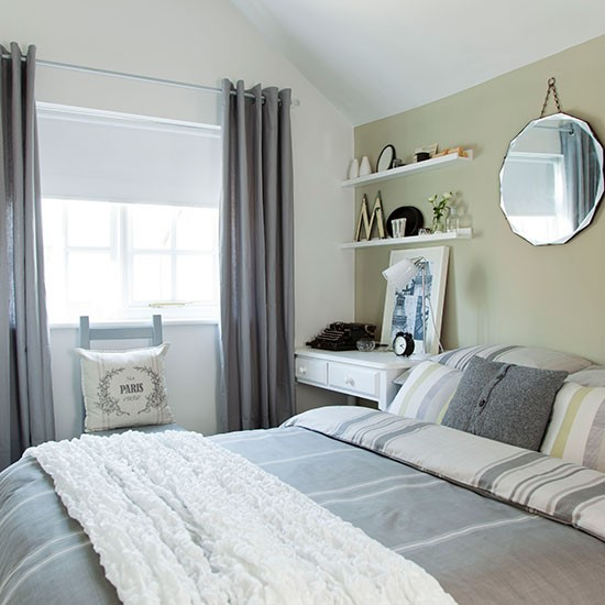 Green And Grey Bedroom: Soft Green And Grey Bedroom