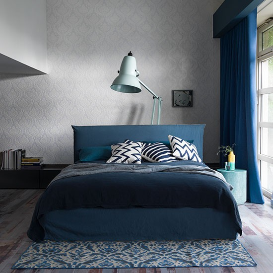 Grey Bedroom Ideas With Calm Situation: Calm Modern Bedroom With Blue Tones
