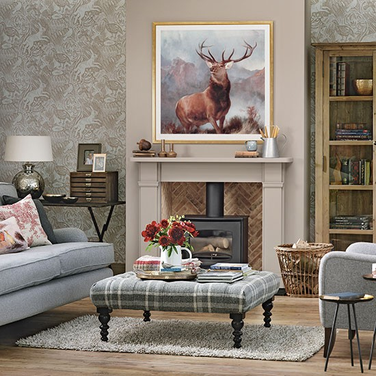 Country Living Room Designs: Woodland Theme Country Living Room