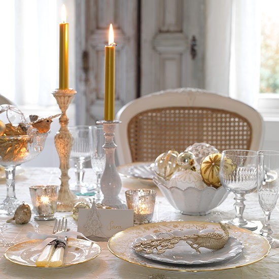Elegant Tableware For Dining Rooms With Style: Vintage-style Table Setting With Cut Glass Candlelit For