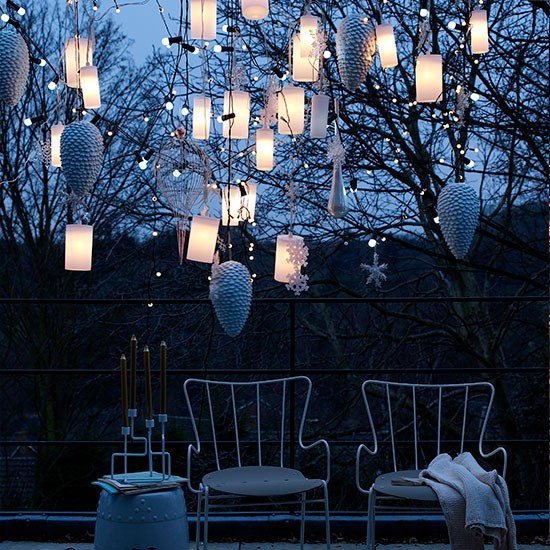 10 Great Deck Lighting Ideas For Your Outdoor Patio: Outdoor Christmas Lighting Ideas