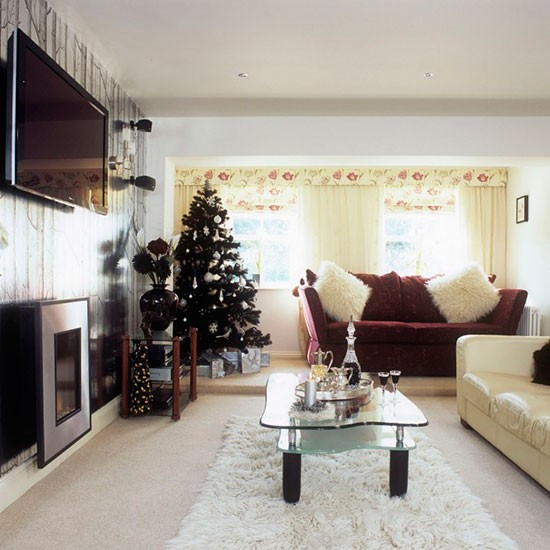 Contemporary christmas living room with feature wall - Feature wall ideas for living room ...