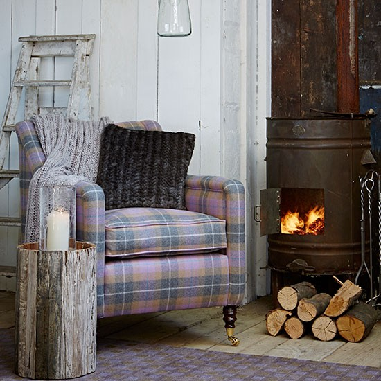 Plaid Furniture Country Living Room: Rustic Living Room With Checked Armchair
