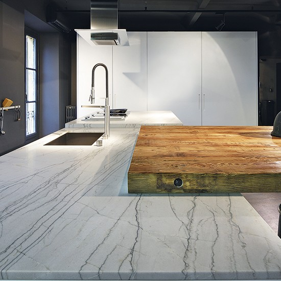 Granite Kitchen Island Ideas: Large-scale Kitchen Island In Stone And Wood