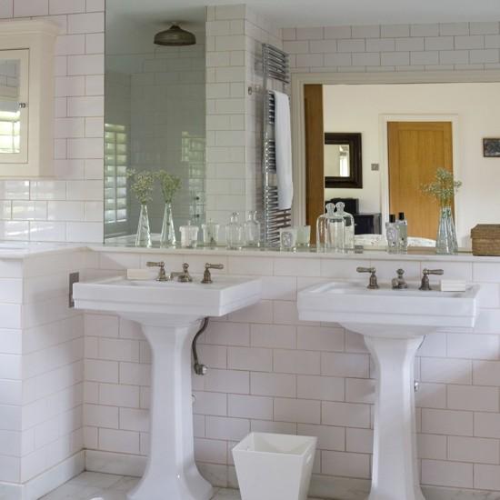 7 Traditional Bathroom Ideas: White Bathroom With Metro Tiles