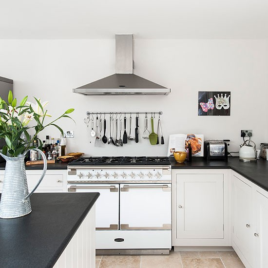 Traditional Small Kitchen Ideas White: Traditional Black-and-white Kitchen