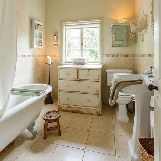 Housetohome Co Uk: Shabby Chic Bathroom Designs And Inspiration