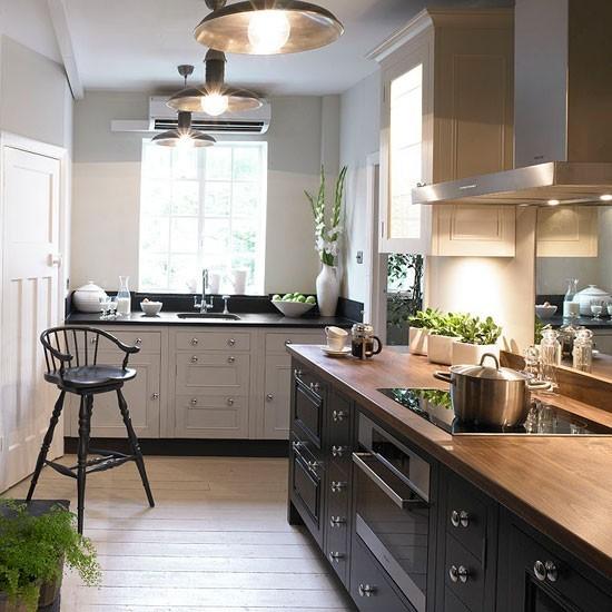Freestanding L-shaped Kitchen