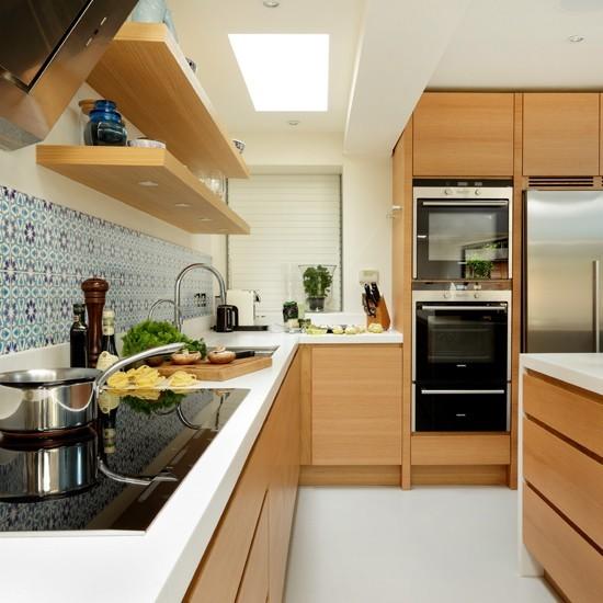 White Oak Kitchen: Veneered-oak L-shaped Kitchen