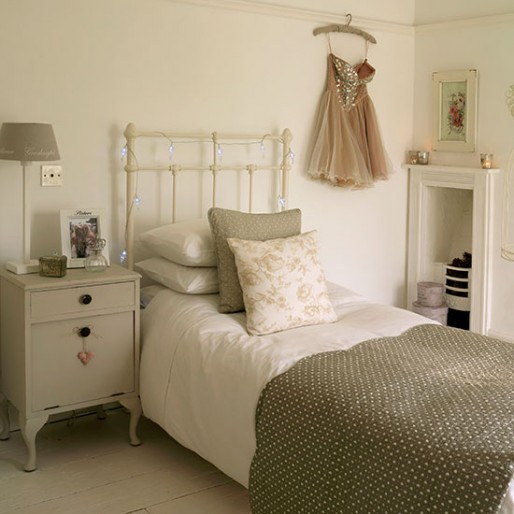 Soft Grey And White Girl S Bedroom