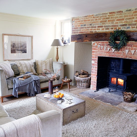 Country Farmhouse Living Room: Period Farmhouse In West Sussex