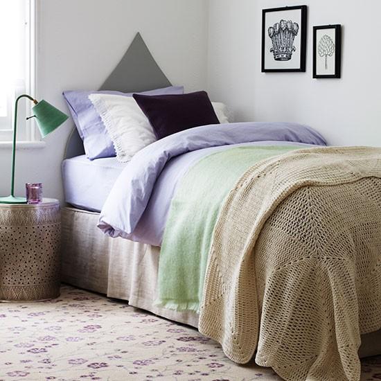 Guest Bedroom Ideas Uk Bedroom Curtains Argos Jcpenney Bedroom Furniture Loft Bedroom Sets: Guest Room With Floral Carpet