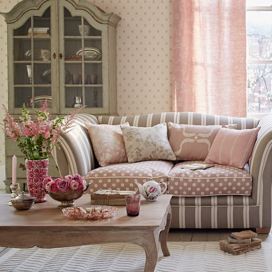 Simple Living Room Decorating Ideas: Living Room With Two-tone Sofa