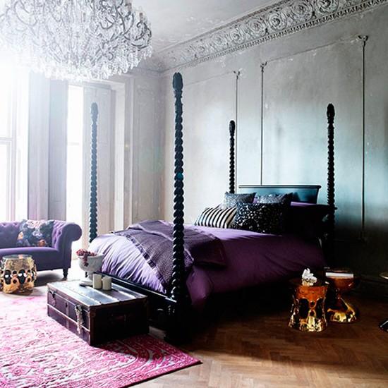 Dramatic Venetian-style Bedroom