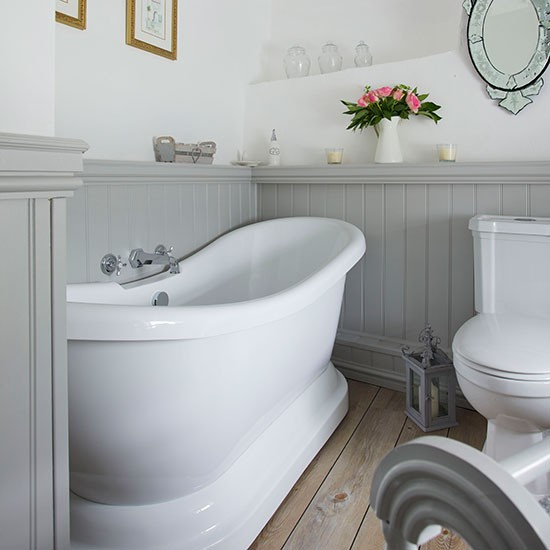 Grey And White Panelled Bathroom: Stone Cottage In Somerset