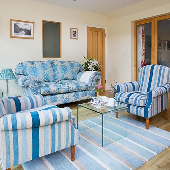 Cobalt blue and cream living room | Traditional living ...