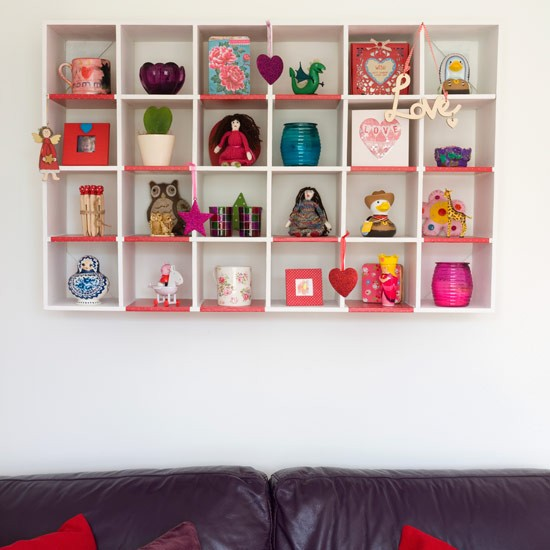 6 Ideas On How To Display Your Home Accessories: Wall-hung Cubby Holes Display Unit
