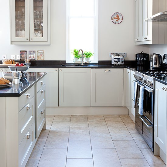 Neutral Kitchen With Black Worktop Decorating