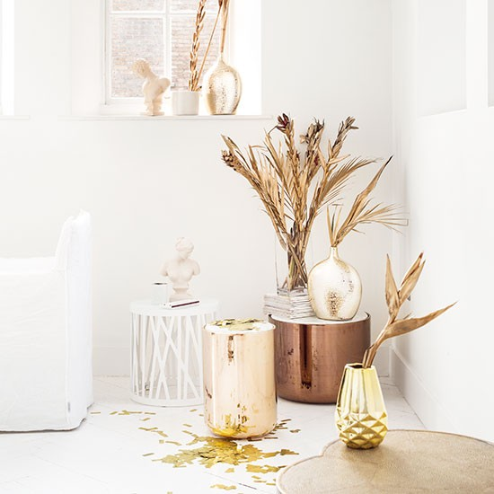 Gold White Interior Design: White Living Room With Gold Accents