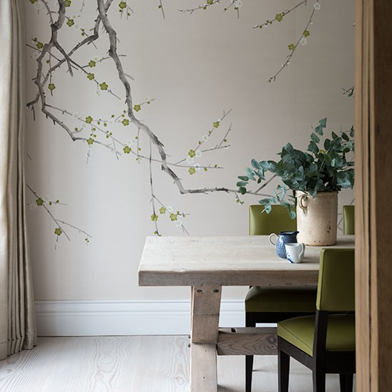 Neutral Dining Room With Feature Wall Decorating