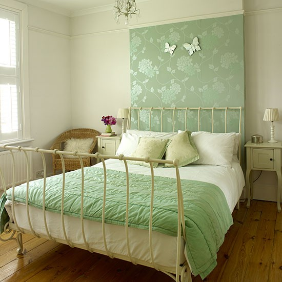 Cream Bedroom With Green Wallpaper Panel