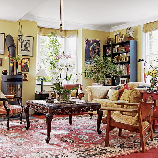 Traditional Living Room: Traditional Yellow Living Room