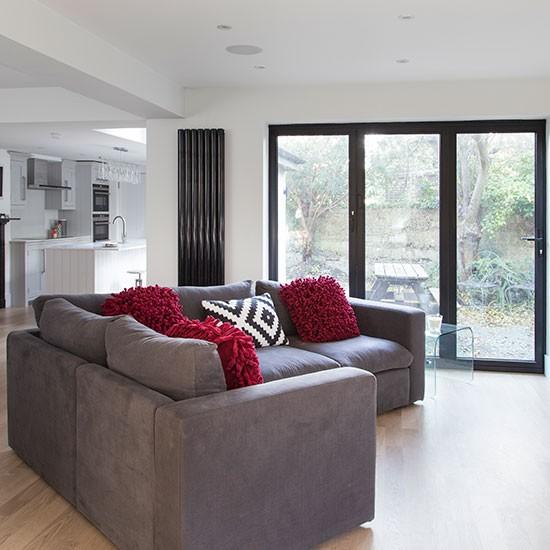 Open Plan Living Room Decor: White Modern Open-plan Living Room