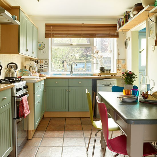 Country Style Green Kitchen Decorating Housetohome Co Uk