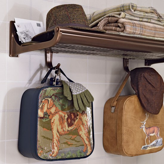 Travel Themed Bedroom For Seasoned Explorers: Vintage Train Carriage Luggage Rack