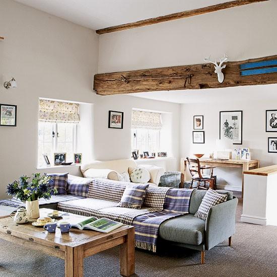 Housetohome Co Uk: Warm Country Living Room