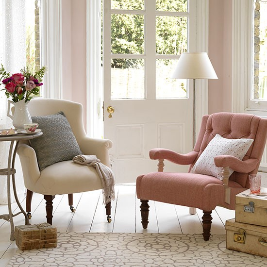 Small Chairs For Living Room: Small Country Living Room Ideas