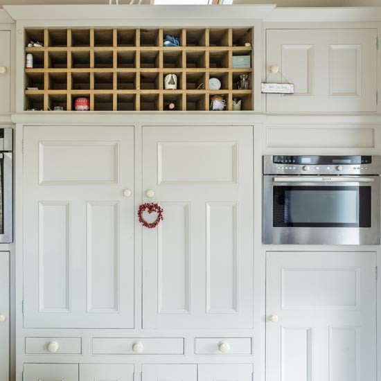 Measuring For Kitchen Cabinets: Neutral Kitchen With Made-to-measure Cabinets