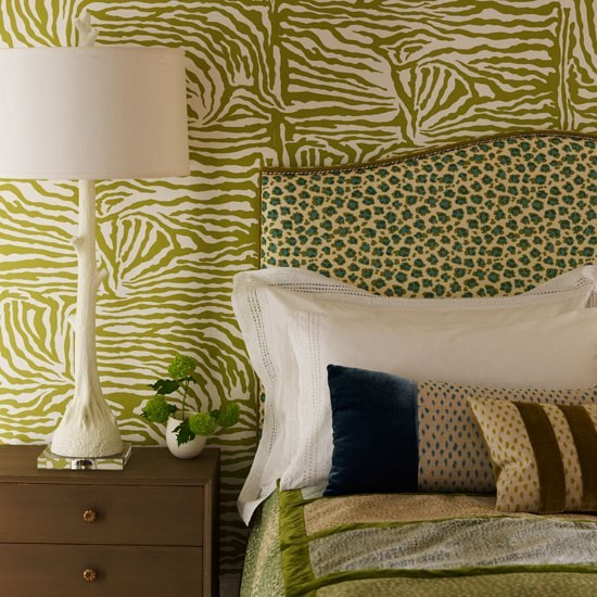 Leopard Print Themed Bedroom: Animal Print Bedroom In Shades Of Green