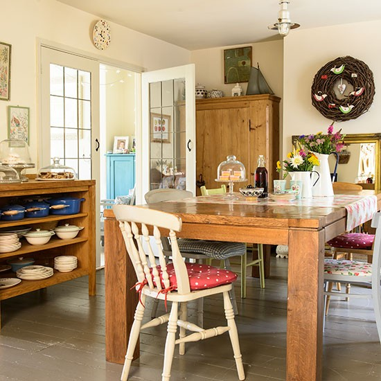 Eclectic Restaurant Decorating: Eclectic Country Dining Room