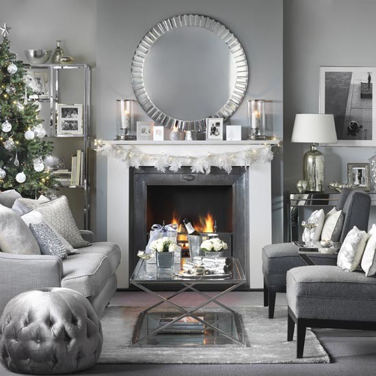 Christmas Living Room Decorating Ideas: Glass And Chrome Christmas Living Room With Open Fire