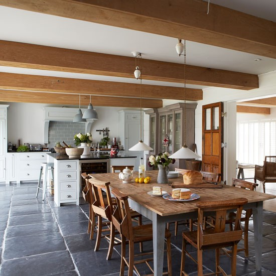Country Home Interiors: Farmhouse-style Kitchen Diner With Large Wooden Dining