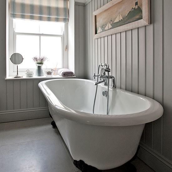 Grey Country Bathroom With Rolltop Bath: Grey Bathroom With Roll-top Bath