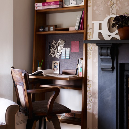 Alcove Home Office With Fold-down Desk