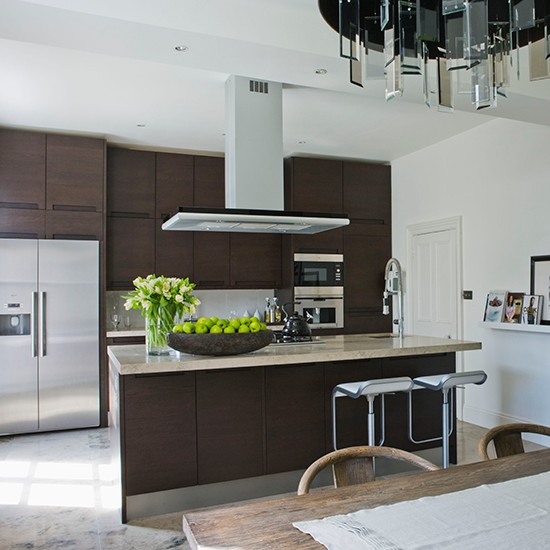 Contemporary Kitchen Cabinet Design: Smart Kitchen Cabinets That Take Centre Stage